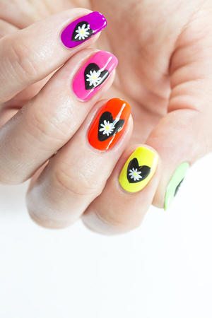 Electric Daisy Nail Art for Any Music Festival