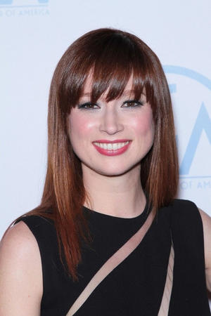 Get the Look: Ellie Kemper's Gorgeous Gray