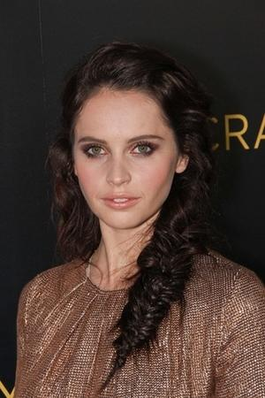 Get the Look: Felicity Jones' Stunning Smolder