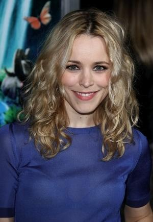 Get the Look: Rachel McAdams' Soft, Smoky Eye