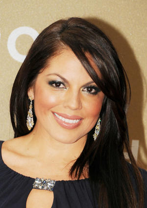 Get the Look: Sara Ramirez's Shimmering Silver Eyes