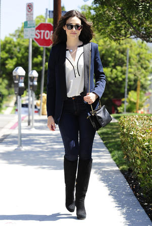 Get the Look: Emmy Rossum's Navy & Black Outfit