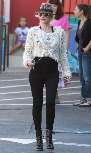 Get the Look: Gwen Stefani's Rockin' Fall Sweater Style