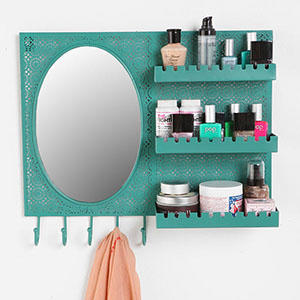 Makeup Storage Solutions: Organizing Brushes, Palettes & More!