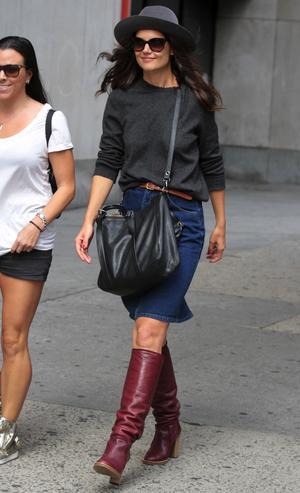 Get the Look: Katie Holmes Casual Fall Look