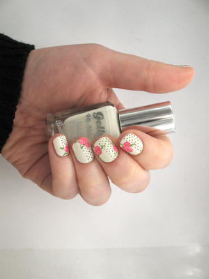 The Perfect Polka-Dot and Floral Nails to Celebrate Valentine's Day
