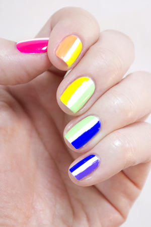 Somewhere Over the Rainbow: Easy Nail Art