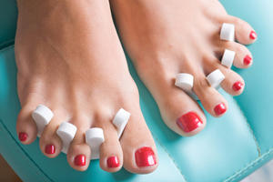 Dirt Alert! Five Signs of an Unsanitary Nail Salon