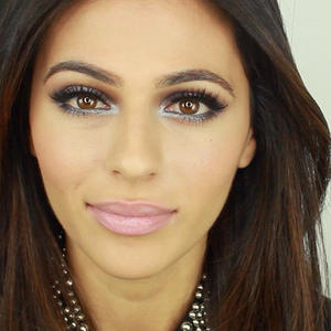 Holiday Makeup How-to: A Shimmery Wintery Winterland