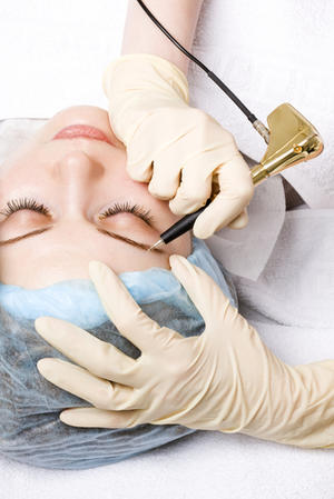 Makeup Tattoos: Is the Payoff Worth the Pain?