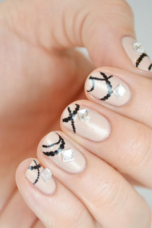 Spring Bling Nail Art: Jewelry for Your Fingers