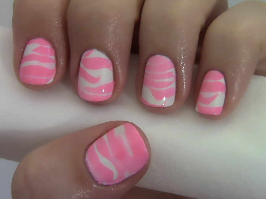 How To Create Water Striped Nails